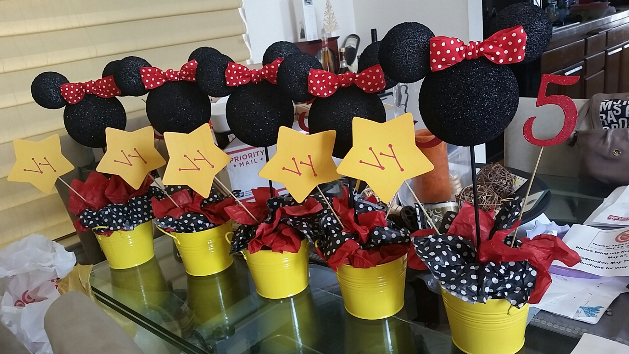 Minnie Mouse Centerpiece mommyneurotic